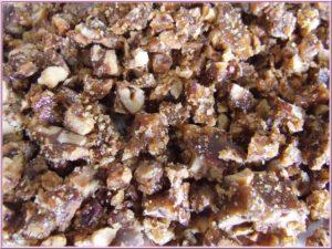 noix concassées et caramélisées